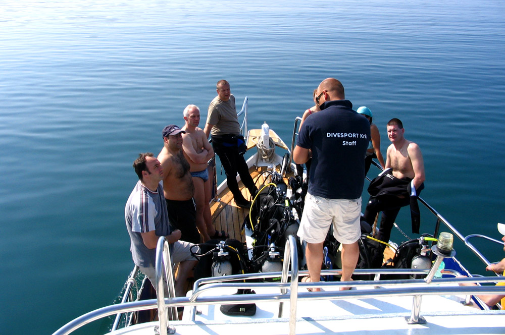Immersione singola (1/2 day) con la barca | DIVE CENTER KRK